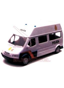 Maqueta montada furgoneta Policia 091 color blanca