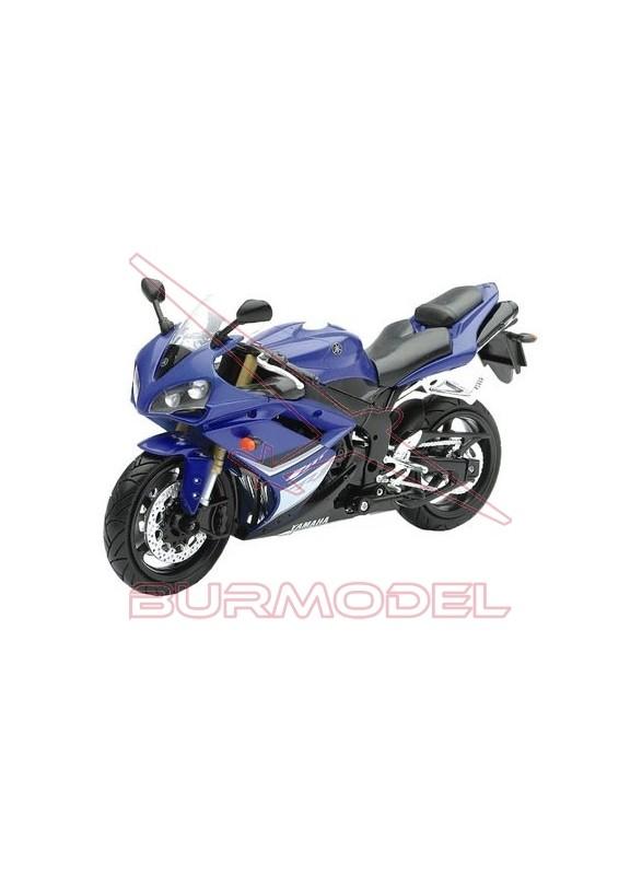 Maqueta moto para montar Yamaha YZF-R1 1/12