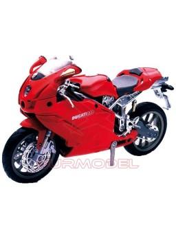 Modelkit Ducati 999 para ensamblar. Escala 1:12