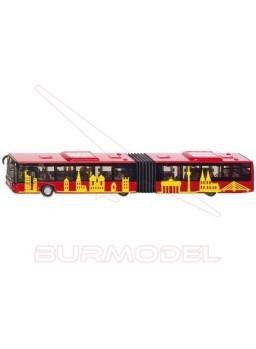 Autobús articulado. Maqueta montada SIKU 1:87