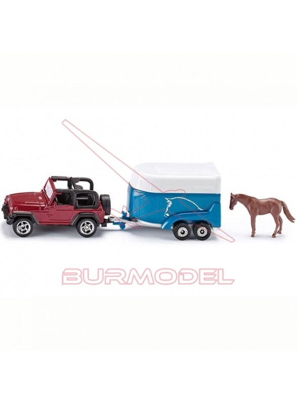 Jeep con remolque para caballo
