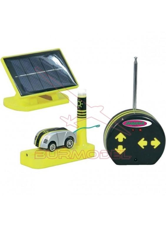 Coche radio control con carga por panel solar