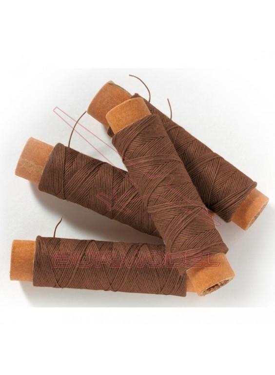 Hilo de algodón marrón 0,15 x 25 m.