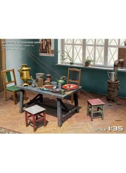 Mesa comedor con accesorios Europa del Este 1:35