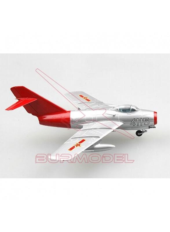 Maqueta avión MIG-15 1:72