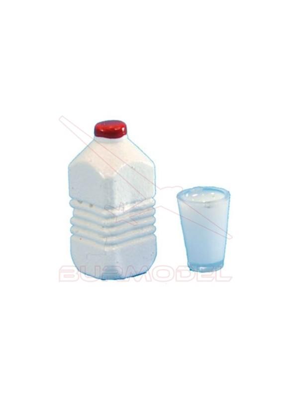 Botella y vaso de leche