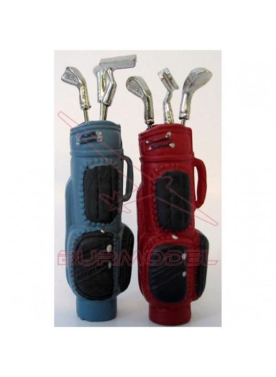 Carrito con palos de golf