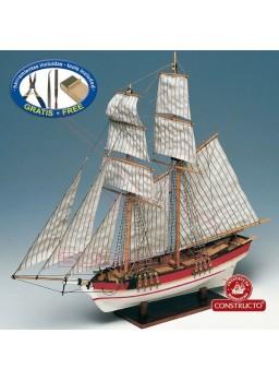 Barco de madera Constructo Flyer 1/100