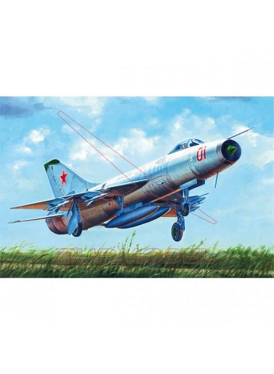 Maqueta avión Soviet Su-9 Fishpot escala 1/48