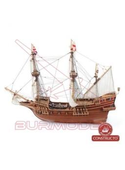 Barco de madera Golden Hind