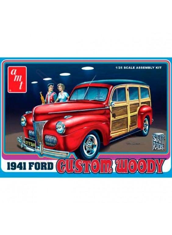 Maqueta Ford Custom Woody 1941. Escala 1/25
