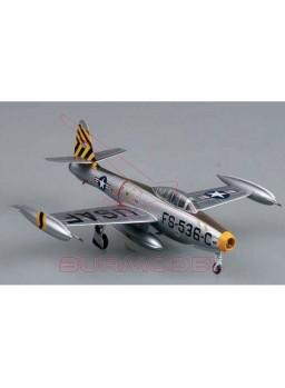 Maqueta avión montada F-84E Thunderjet 1:72